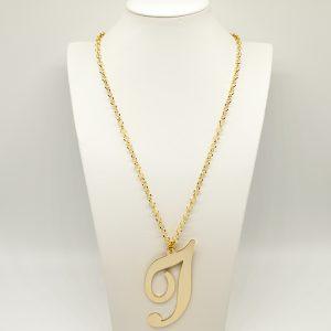 Collana Donna Iniziale Big Gold - Catena rolò regolabile - l' altezza dell'iniziale è di 7cm e la larghezza e di 12cm - Chiusura a moschettone dorata.
