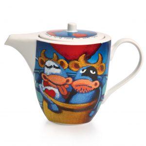 """Teiera in ceramica dipinta a mano con mucche e cuoricini. Sul coperchio dipinta, c'è la frase """"Senti come mi batte il cuore"""""""