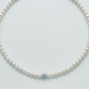 Collana in oro 750/1000, perla bianca 5,5-6 - perla Diamantata - Microfusione - Chiusura a moschettone.