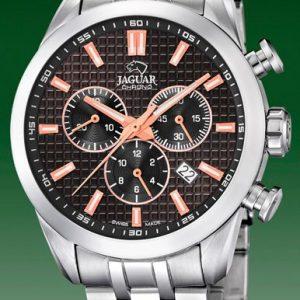 Orologio Cronografo per Uomo a Marchio Jaguar, con la referenza J865/4 L'orologio presenta un grande valore aggiunto che è quello di essere SWISSMADE, Orologio con cassa in acciaio di forma rotonda con diametro 43,00 mm, Cinturino in acciaio - chiusura deployante, Il quadrante è nero - indici rosè, Il vetro è Zaffiro - Il meccanismo è svizzero, L'impermeabilità è 100 Mt verificata a fine ciclo di lavorazione per ciascun orologio. Il nome della collezione a cui appartiene è Acamar (AY-kuh-mar).